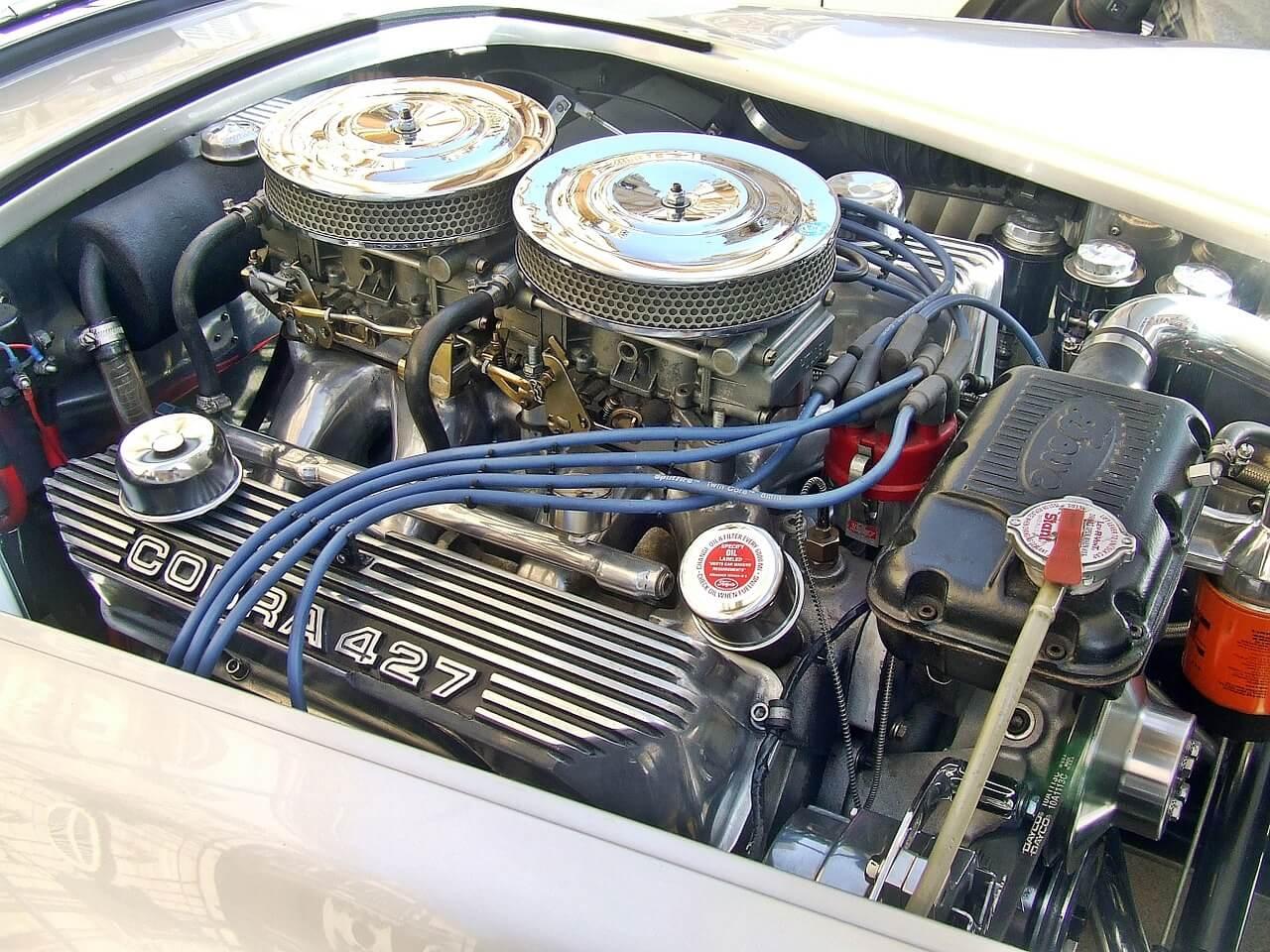 Cechy wspólne olejów samochodowych