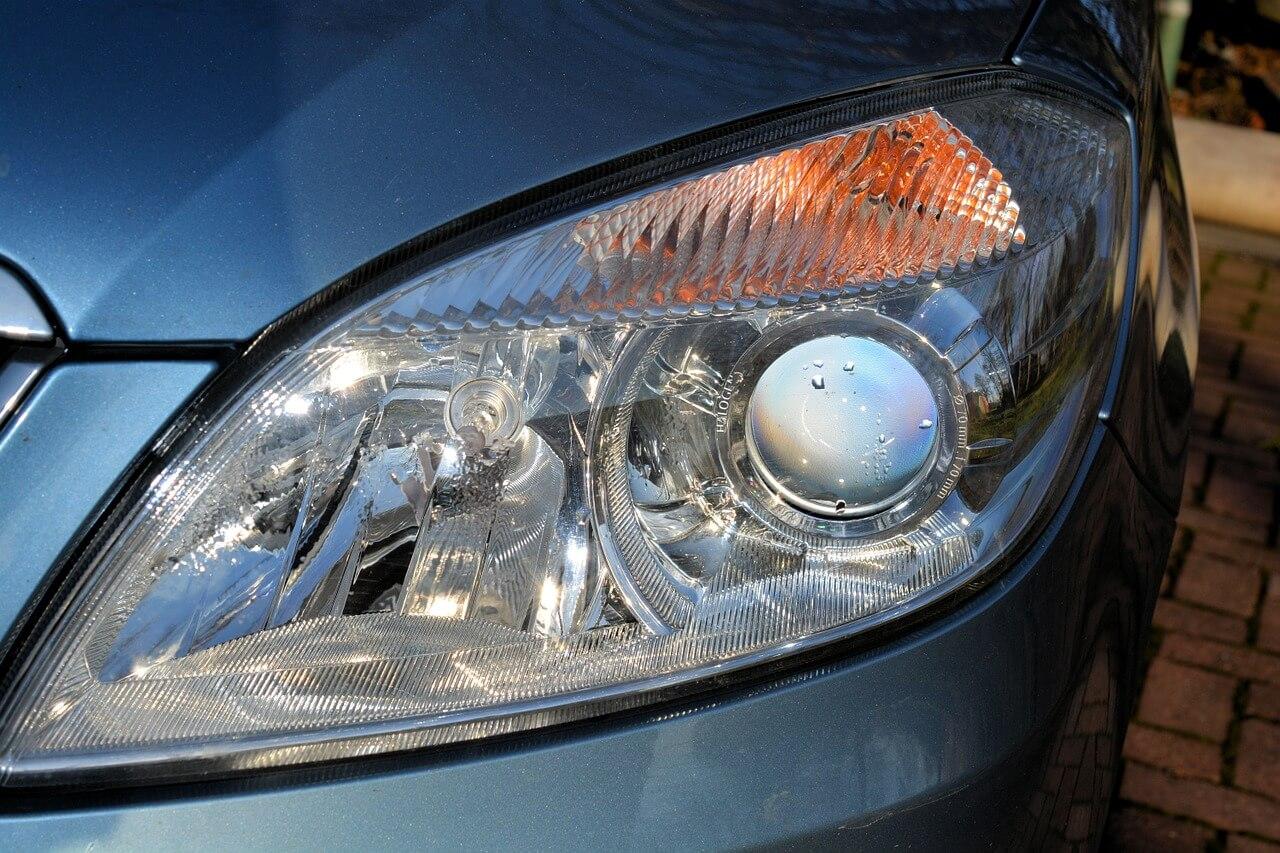Dbałość o lampy samochodowe